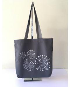 Taske med nodemotiv